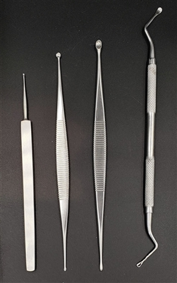 stainless steel double-ended dermal curette with 2.5 and 3.5 millimeter cups