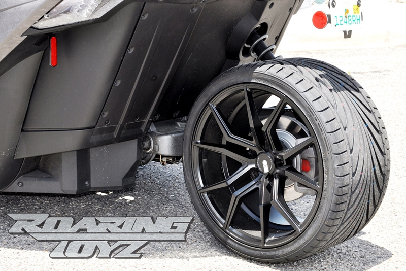 Custom Wheels For Polaris Slingshot 20 Inch Front 22 Inch Rear Wide