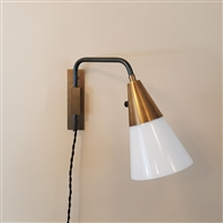 Reproduction Mid Century Swinging Arm Lamp