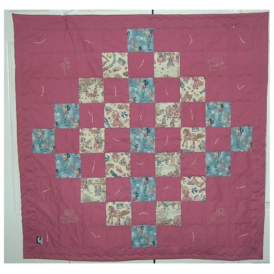 Mauve Baby Retro w/Embroidery Quilt