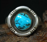 STUNNING KENNETH BEGAY MORENCI TURQUOISE RING