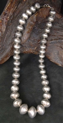 LOVELY NAVAJO SILVER PEARL BEAD NECKLACE