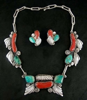 BEAUTIFUL DAN SIMPLICIO NECKLACE & EARRINGS