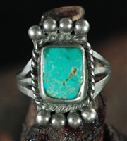 BEAUTIFUL VINTAGE TURQUOISE RING