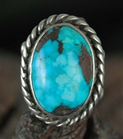 BEAUTIFUL WATER WEBBED TURQUOISE RING