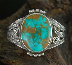 LOVELY VINTAGE BLUE GEM TURQUOISE CUFF