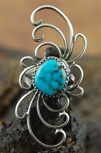 EXQUISITE VINTAGE MORENCI TURQUOISE RING
