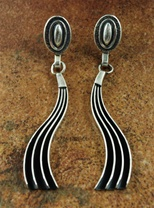 "BEAUTIFUL JACK TOM SILVER EARRINGS<SPAN style=""COLOR: #ff0000; FONT-WEIGHT: bold"">*SOLD*</SPAN></SPAN>"
