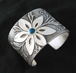 BEAUTIFUL REBECCA BEGAY FLOWER BRACELET