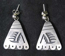 LOVELY LEWIS LOMAY HOPI DANGLE EARRINGS