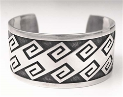 BEAUTIFUL HOPI CRAFT OVERLAY BRACELET