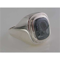 Elegant Mens Sterling Silver Carved Centurions Head Haematite Signet Ring