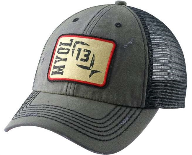 The 13 Fishing ''The Ditch Chicken'' Realtree Camo Cap is sure to make your next fishing or hunting trip a massive success
