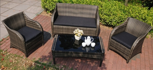 4pc Outdoor Wicker Patio Furniture Set