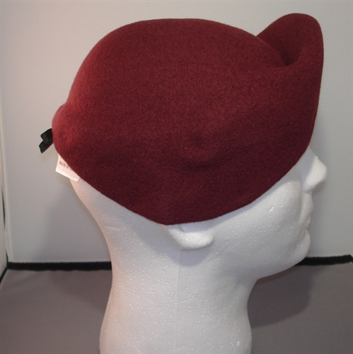 Think, pre shaped maroon beret