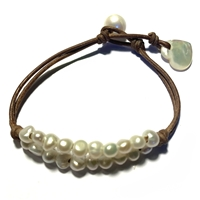 Nala L'Amour Freshwater Pearl and Mother of Pearl Heart Bracelet