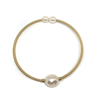 Cezanne Single Pearl Bangle Bracelet |  Wendy Mignot