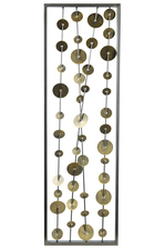 UTC31105 Metal Rectangle Wall Art of Golden Round Portrait Design Coated Finish Metallic Gray
