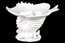UTC40016 Ceramic Marine Life Sculpture Platter on Nautilus Seashell Pedestal Gloss FInish White