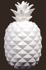 UTC43048 Ceramic Pineapple Figurine LG Gloss Finish White