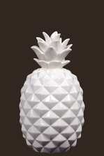 UTC43049 Ceramic Pineapple Figurine SM Gloss Finish White