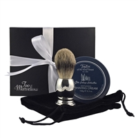 The Spencer gift set combines English pewter and classic English fragrance.