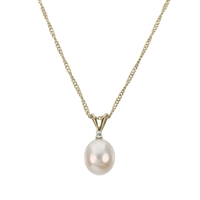 9ct Gold Diamond and Freshwater Pearl Pendant and Chain