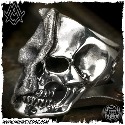 Ace Metal Works Ring: Ace Reveal Skull Large - Silver