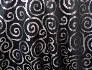 "Metallic Scroll 108""x132"" Oval Tablecloth"