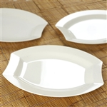 "10 Pack - Ivory 10.5"" Crescent Oval Shaped Disposable Plate - Chambury Plastics"