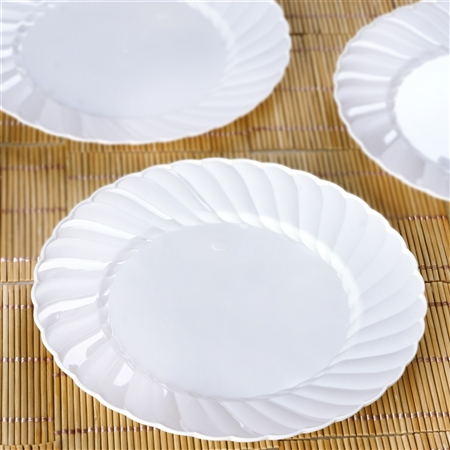 "12 Pack - White 7.5"" Flaired Round Disposable Plate - Chambury Plastics"