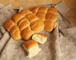 La Farm Yeast Rolls (tin of 9)