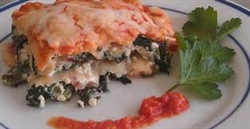 Melina's Fresh Pasta Lasagna 4 cheese and roasted Garlic Lasagna, Frozen 2.5lb container