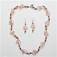 Leaf shape bead necklace and Earrings