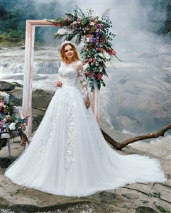 Jasmine 17121 | Custom Dream Gowns | Custom Wedding Dresses | Ball Gown Wedding Dresses | Princess Wedding Dresses | Crystal Beaded Wedding Dresses | Wedding Dresses with Sleeves | Royal Ball Gown | Lace Wedding Dresses | Dream Wedding Dress