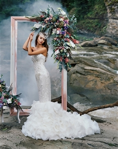Viola 17113 Wedding Dress | Custom Dream Gowns | Wedding Dresses & Bridal Gowns | Custom Wedding Dresses | Sexy Wedding Dresses | Strapless Wedding Dresses | Mermaid Wedding Dresses | 2018 Wedding Dresses | Lace Wedding Dresses | Crystal Wedding Dresses