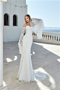 Style 1906 | Custom Dream Gowns | Wedding Dresses & Bridal Gowns | Custom Wedding Dresses | Sexy Wedding Dresses | Wedding Dresses with Removable Sleeves | Sophisticated Wedding Dresses | 2019 Wedding Dresses | Mermaid Wedding Dresses | Fit and Flare