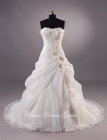 Natasha By Custom Dream Gowns | Ball Gowns | Fairytale Wedding Dresses | Princess Wedding Gowns | Strapless Ball Gowns | Unique Wedding Dresses | Custom Wedding Dresses | Dream Wedding Dresses | Designer Wedding Dresses | Modern Wedding Dresses | Floral