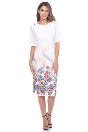 Wholesale Clothing Plus Size Women's Floral Print & Metal Button Trim Neckline Short Sleeve Dress -CC-2650-B