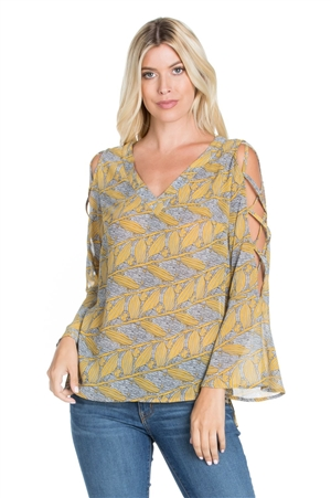 Wholesale Clothing Plus Size Women's Caged Flared Bell Sleeve Nature Print V Neck Top -VB-3064-B