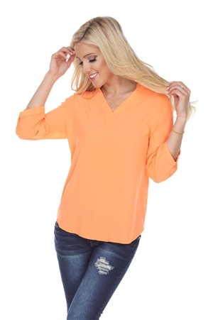 Wholesale Clothing Plus Size Women's 3/4 Roll Up Sleeve V Neck Top -VB-3093-B