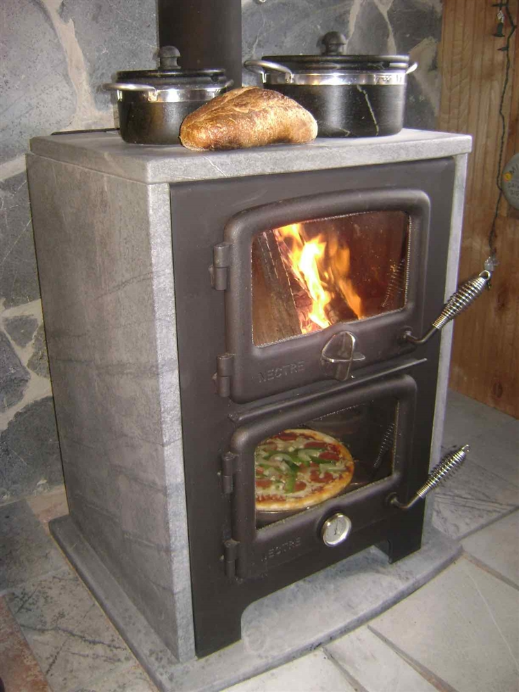 Vermont Bun Baker Wood Cookstove 750