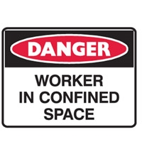 WORKER IN CONFINED SPACE 450X300 POLY