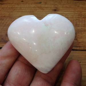Mangano Calcite Heart