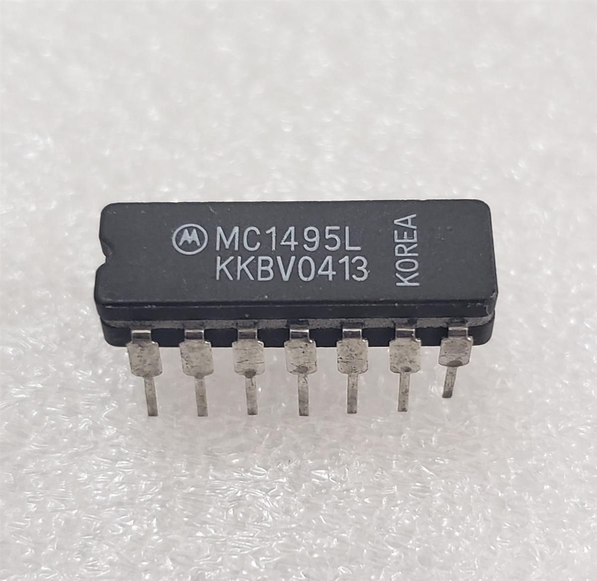 10PCS MC1495L CDIP-14 Wideband Linear Four-Quadrant Multiplier