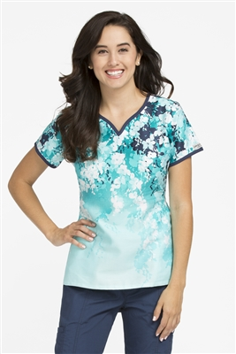 Peaches Natasha  Print Top in Spring Vines