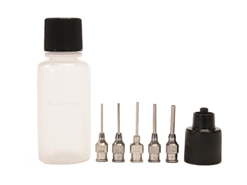 ORa metal henna applicator bottles offer perfectly controlled henna lines and fewer clogs than other henna bottles.