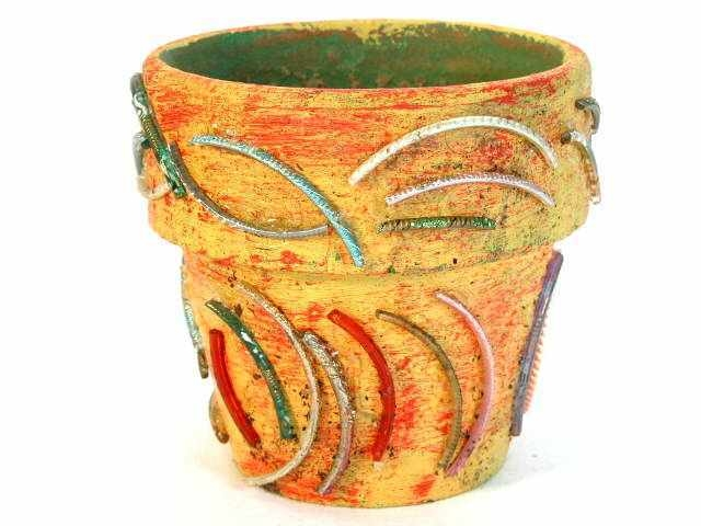 broken bangles Dear aarthur q: my mother broke her bangle many years ago when she slipped and fell down heavily but she was not hurt at all she heard that once a bangle is broken the bangle should not be used again as there may be bad luck inside the jade.