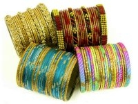 Free Set Of Glass Bangles With Khussa Shoes Purchase