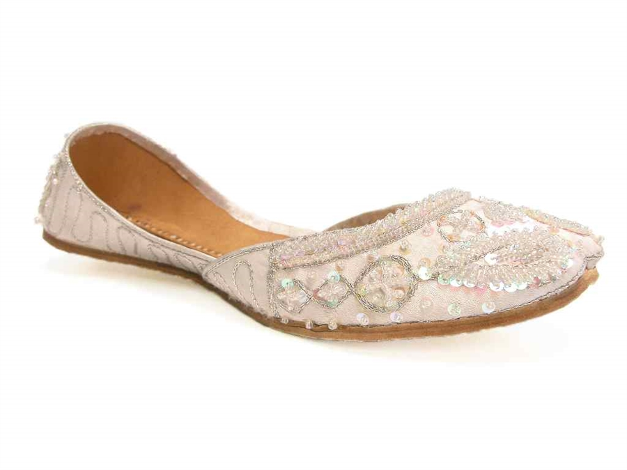 1e4a0ad1009 Cool Silvery White Khussa Indian Wedding Bridal Flats Prom Quinceanera  Shoes 9